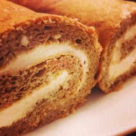 チーズ×ほんのり珈琲のロールケーキ