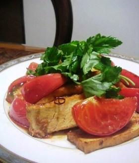 アジアンな厚揚げとトマト