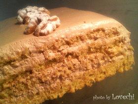 胡桃スポンジのチョコレートケーキ