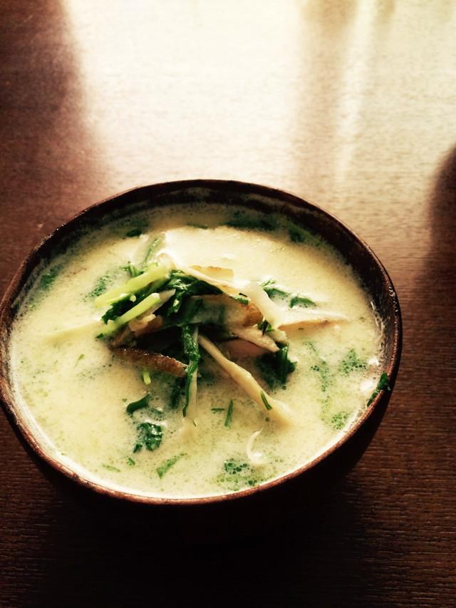 デトックス ごぼう スープ