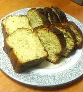 超簡単でおいしいバナナパウンドケーキ