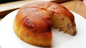 炊飯器で♪いちごヨーグルトケーキ