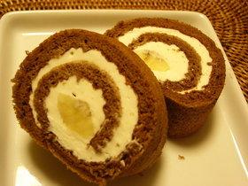 簡単美味◆魅惑のチョコバナナロールケーキ