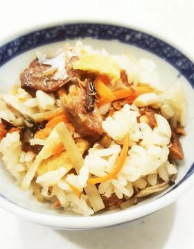 簡単☆さんまの蒲焼き缶で炊き込みご飯
