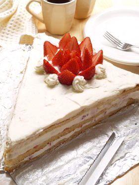 超特大ショートケーキ