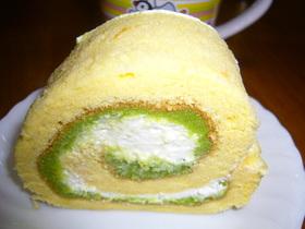 ずんだ(枝豆餡)ロールケーキ
