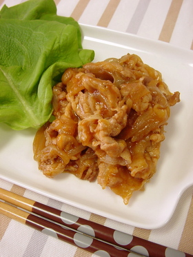 豚肉と玉ねぎのケチャップ炒め。