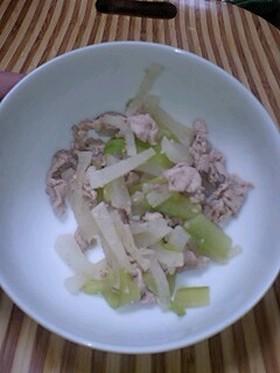 簡単離乳食 大根と胡瓜の中華風
