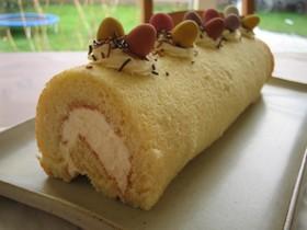 ハッピーイースター ロールケーキ
