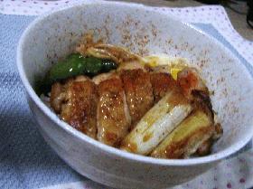 スタミナ鶏丼