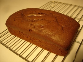 しっとり大人味のチョコレートケーキ