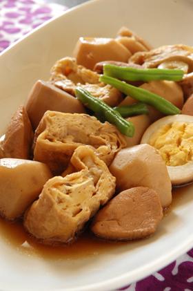 湯葉と里芋の煮物