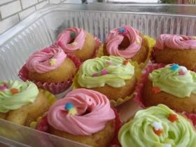 大人気のデコレーションカップケーキ♪