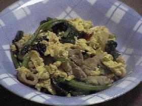 卵・豚肉・小松菜の炒めもの