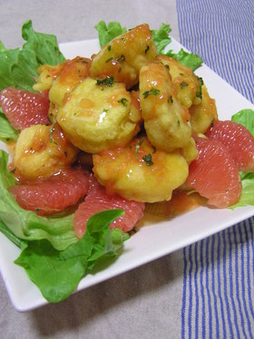 海老のフリッター グレープフルーツソース