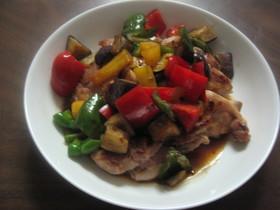 グリルチキンとカラフル夏野菜