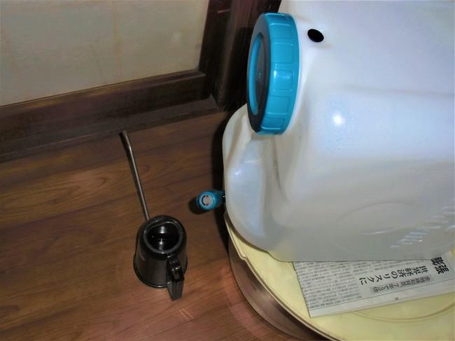 水やりに防災水タンク