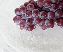 食べるとしゅわしゅわする!?「フルーツの炭酸漬け」を作ってみよう!