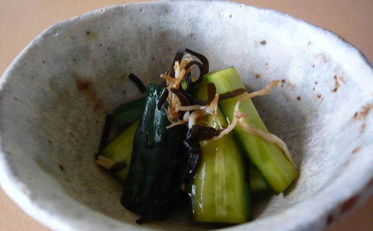 鮮魚処理メインで さば味噌煮・切り干し大根・きゅうりの浅漬け