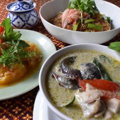 暑い夏を吹き飛ばせ!パワフルなタイ料理を作りましょう♫