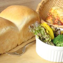 朝食の定番♬ふわふわの山食パンと総菜パン♬使い勝手の良い生地を学ぼう!