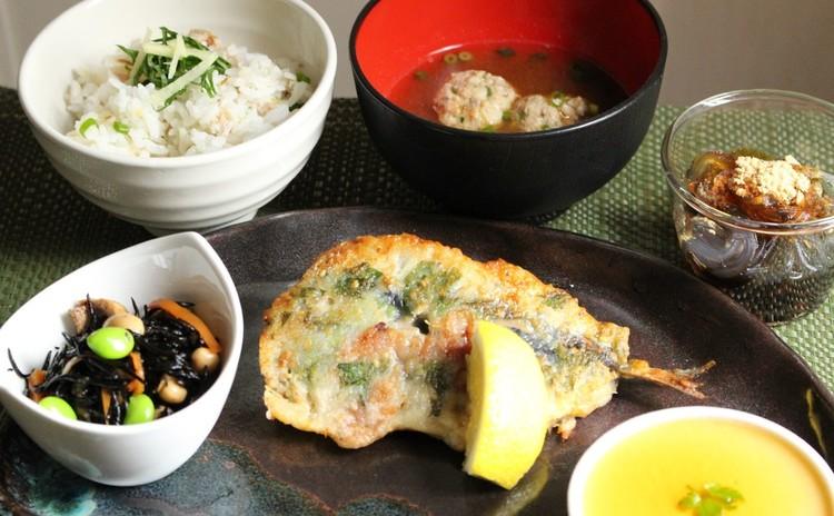 お魚(鯵・鰯)おろし方の献立を学ぼう!鰯の梅シソ焼き 鯵ご飯つみれ汁