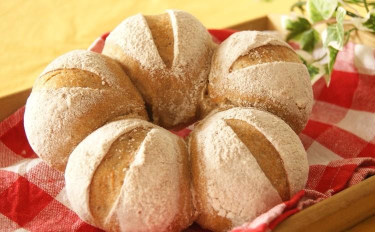 ホシノ天然酵母で簡単サワー種作り♪ライ麦パン&チーズ入りライ麦クッペ