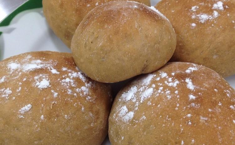 焙煎玄米粉入りヘルシーパン