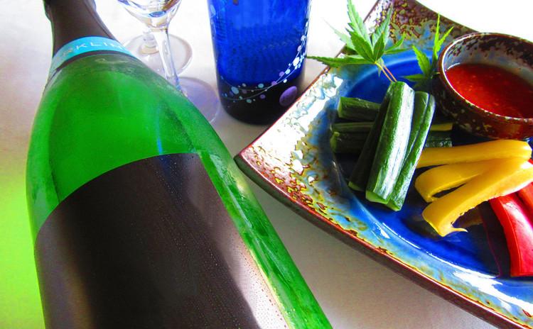 暑い夏にシュワッと美味しい発泡日本酒を飲もう!&トマト味噌の作り方