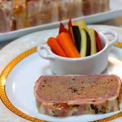 【レッスン追加】挽き肉とレバーを捏ねてお店の味!パテ・ド・カンパーニュ
