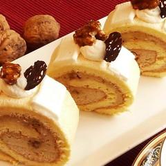 美肌効果のクルミと話題の豆腐クリームでロールケーキ