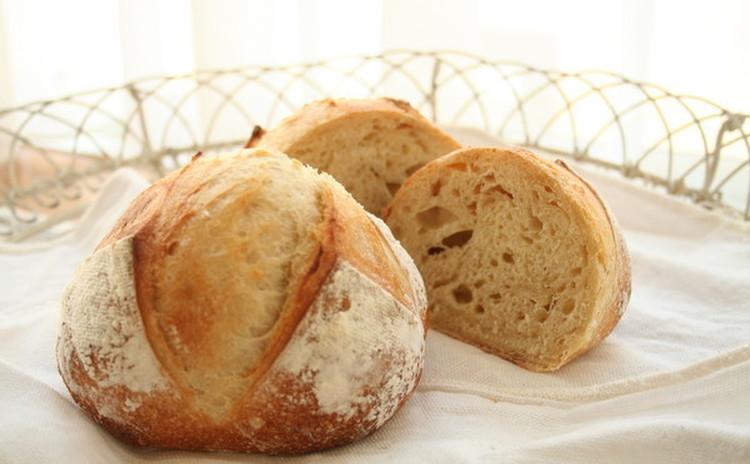 自家製酵母パン!大人気ベーコンエピ&憧れのミニカンパーニュ