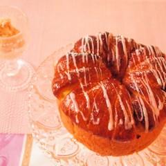 味覚の秋が到来♡さつまいもとりんごのクラウンブレッド&キャラメルアイス