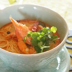 本当に美味しく作れる本格タイ料理。海老のトムヤムヌードル&絶品鶏唐揚げ