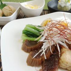 とろっとろの「凍み大根」が香る豚の角煮、鮭の炊き込みご飯など