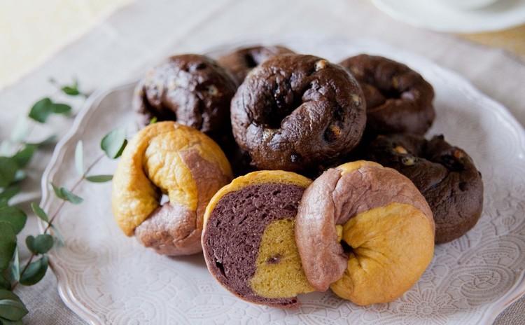 チョコレート好きな方集まれ!ダブルチョコベーグル&秋色2色のベーグル