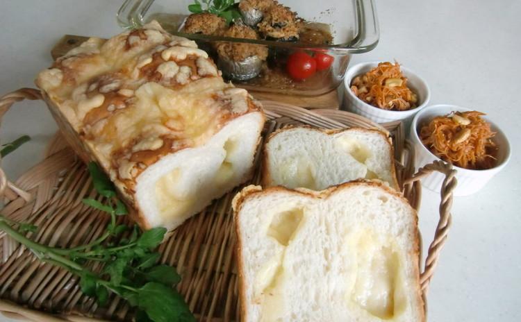 砂糖、油脂なし! しっとり美味しいパンとスパイスハーブの秋刀魚ロール♪