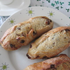 天然酵母「あこ酵母」で作るレーズンクッペとレーズンと胡桃入りミニ食パン