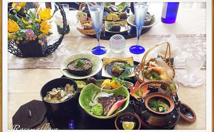 秋盛りだくさん、だし汁が決めての松茸の土瓶蒸し懐石料理、秋刀魚の甘露煮