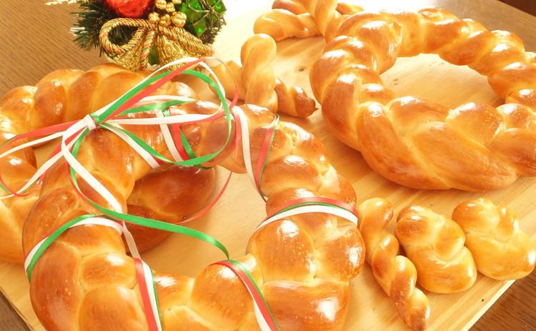 プレゼントしたくなる♡食べておいしい飾ってかわいいクリスマスパンリース