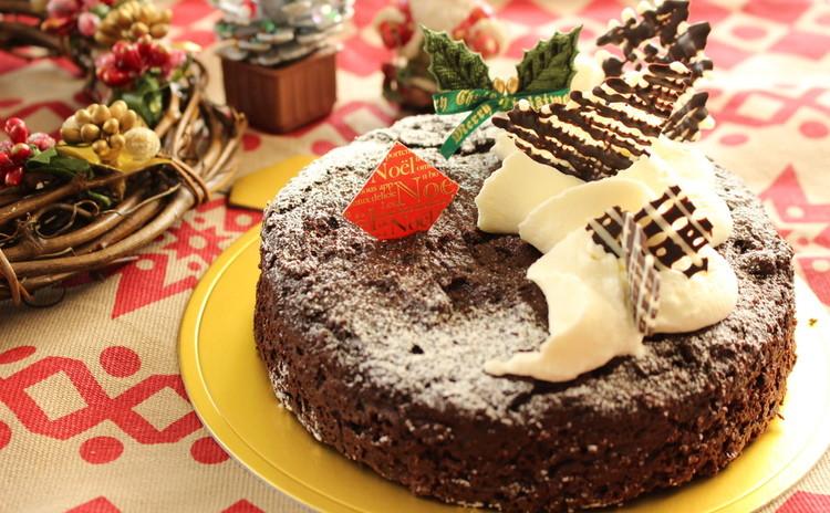 クリスマスはバター&卵抜きのガトーショコラと赤い実のサングリア風ジュレ