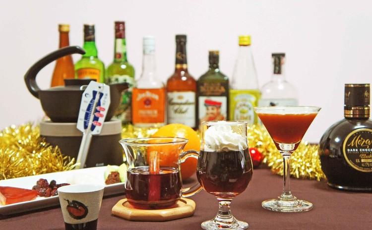 パーティーで喜ばれる!ホットで楽しむお酒&チョコカクテル・燻製おつまみ