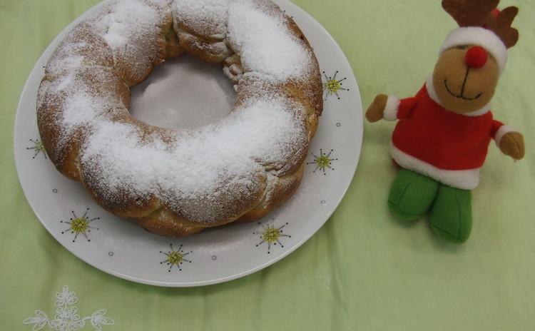 クリスマスに作りたくなる「紅茶とナッツのリングパン」と「ブリオッシュ」