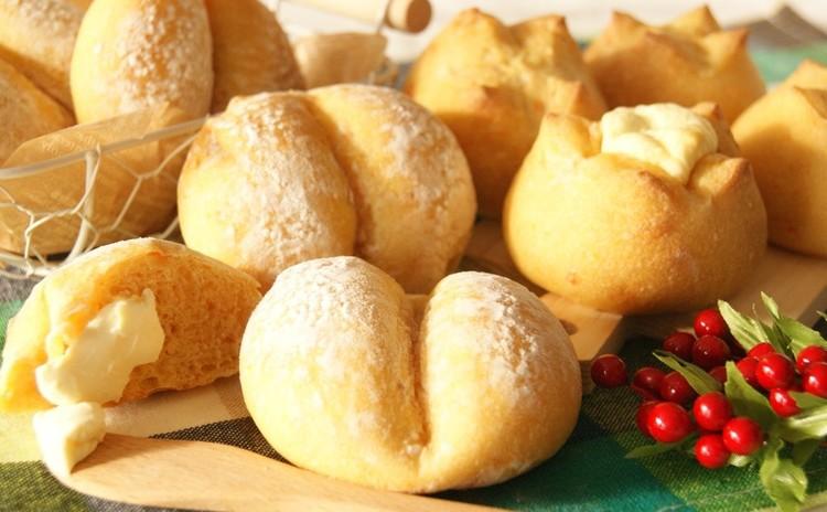 ~自家製天然酵母~レーズン酵母で作る!ふわもち食感♪にんじんパン2種