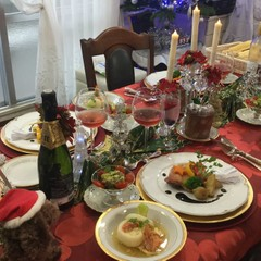 クリスマスはこれで決まり!骨付き鶏もも肉の香草焼オーブン焼き&塩パン