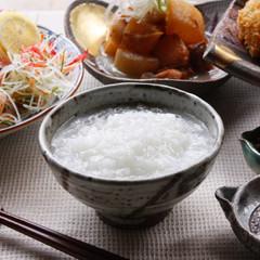 生米から炊く白粥は甘く優しく香りも◎お鍋で炊く火加減を覚えましょう!