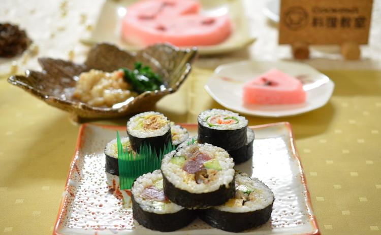 今年の恵方巻きは手作り太巻き寿司☆具も全部手作りで作る優しい味わい♫