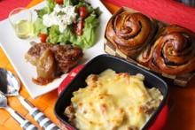 料理レッスン写真 - 生地を手ごねでチョコマーブルパンとホワイトソースから作る基本のグラタン