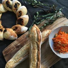 自家製酵母パン!ショコラオランジュリース&ライ麦、酵母キャロットラペ