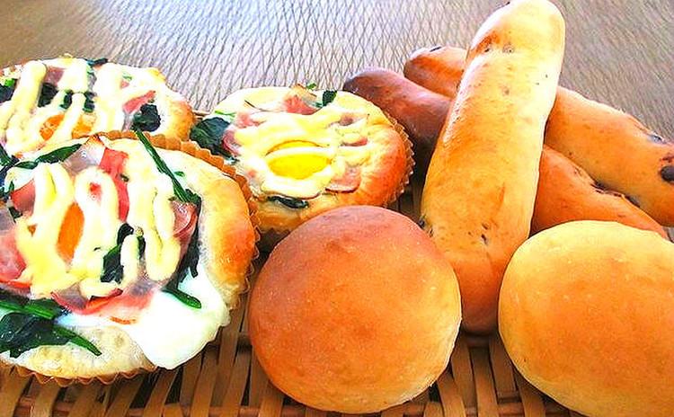 初心者の方必見。卵が丸々1個入ったココットパン他3種類が同時に焼ける。
